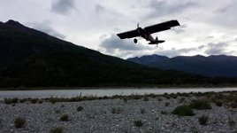 Kurze Flugzeug Landung in Alaska