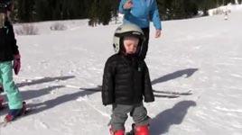 Kind, schlafen, ski fahren