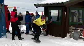 Snowboard am Skilift