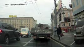 russland, strasse überqueren, bekreuzigen