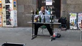 Straßenkünstler, Flaschenspieler