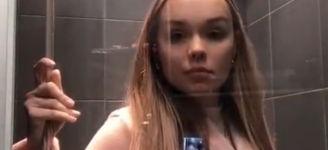 Britney Spears - Toxic Duschversion