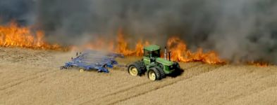 Traktor Feld Feuer