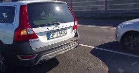 Volvo gegen Fiat Autobahn Unfall