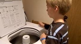 Waschmaschine, trommeln, Kind