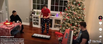 We Wish You A Merry Christmas piano juggling balls