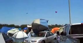 wind takes tents, zelt