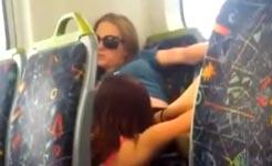 Sex im Zug, Lesben, lecken